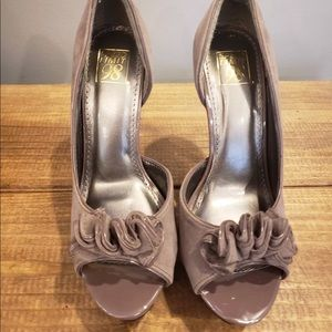 Shoes - D'orsay Floral Open Toed Beige Platform Heels